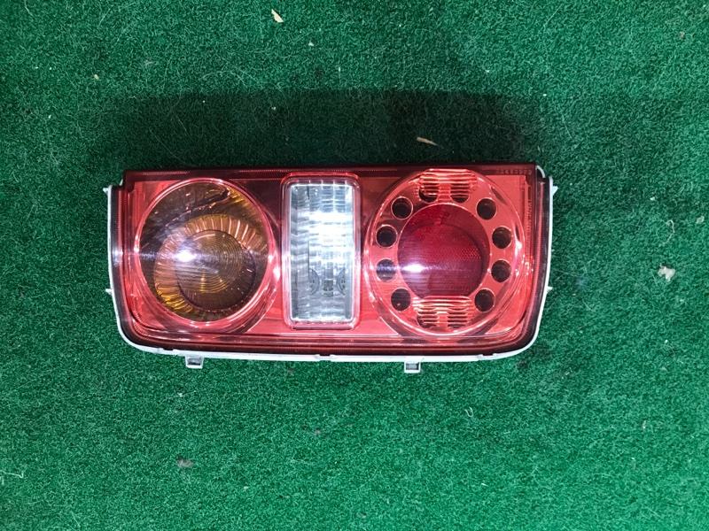 Стоп сигнал Nissan Elgrand E51 левый (б/у)