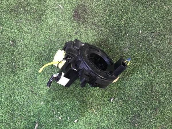 Шлейф-лента air bag Toyota Corolla Axio NZE164 1NZ-FE (б/у)
