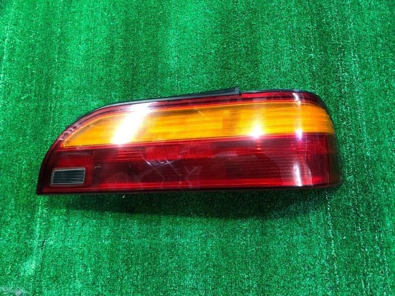Стоп сигнал Toyota Vista SV35 правый (б/у)