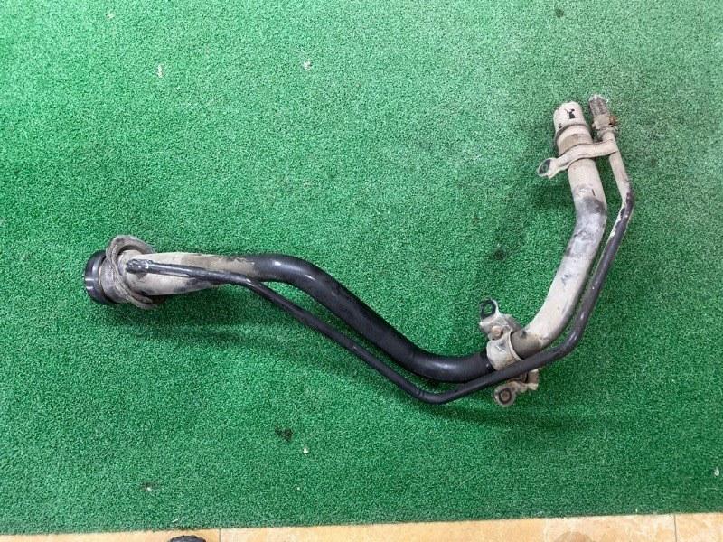 Горловина топливного бака Toyota Camry SV35 (б/у)