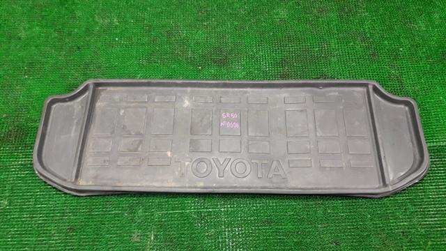 Коврик багажника Toyota Noah SR50 (б/у)