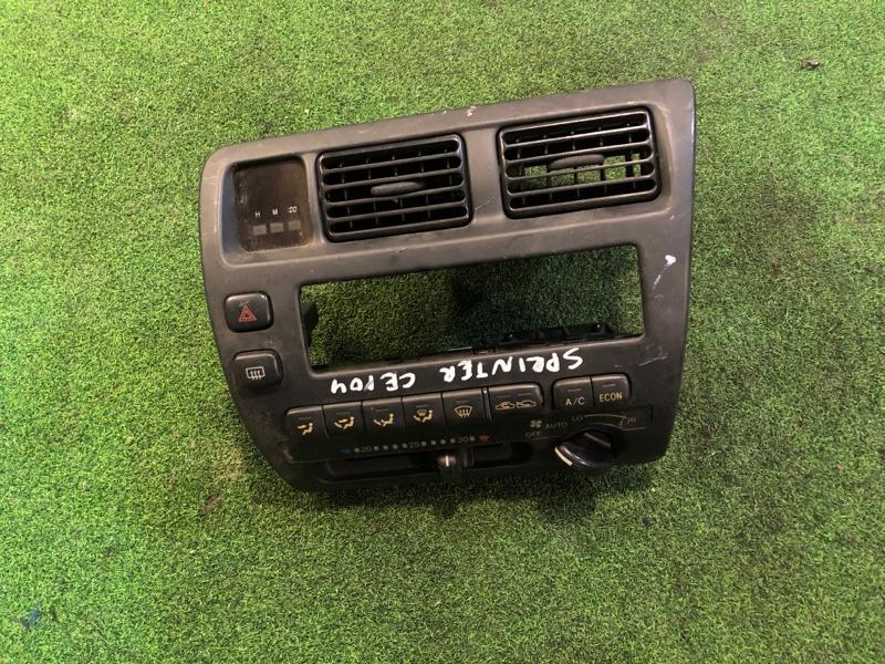 Консоль магнитофона Toyota Sprinter CE104 (б/у)
