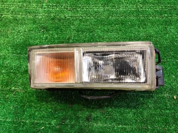 Туманка Nissan Cedric HY33 правая (б/у)