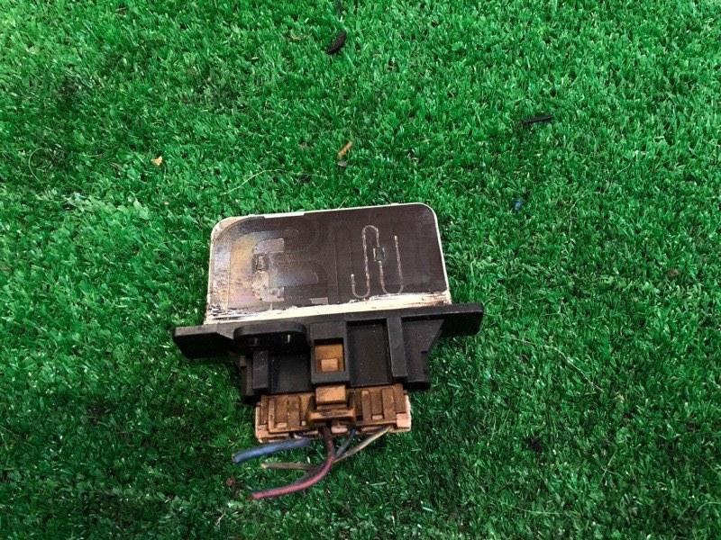 Реле вентилятора печки Nissan Atlas F23 (б/у)