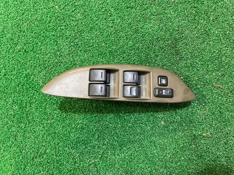 Пульт стеклоподъемника Toyota Platz SCP11 1SZ-FE передний правый (б/у)