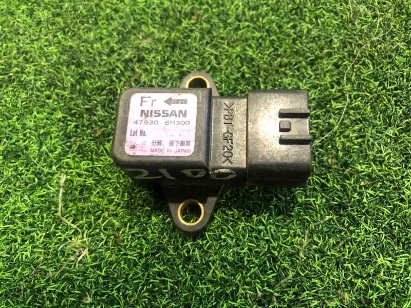 Датчик замедления Nissan X-Trail NT30 (б/у)