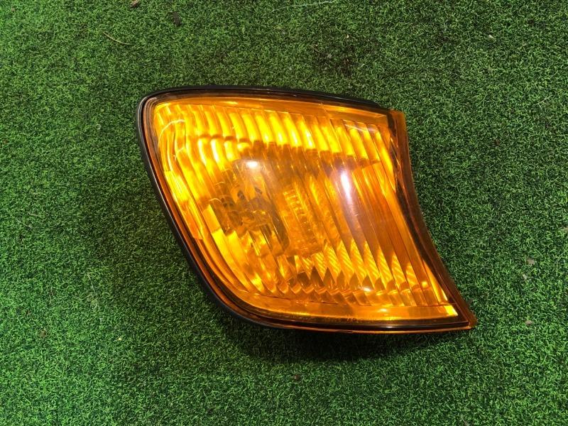 Габарит Toyota Ipsum SXM15 правый (б/у)