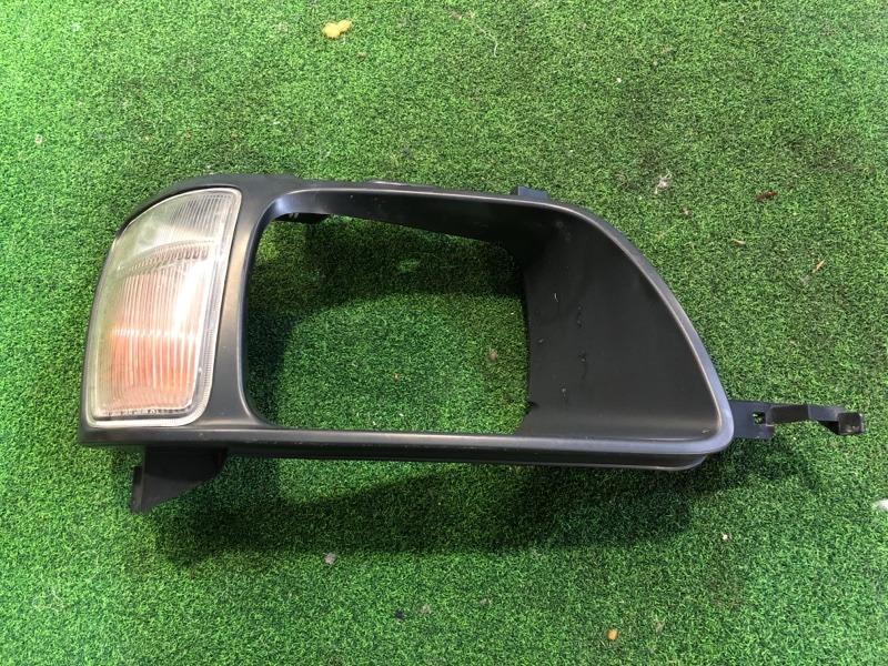 Очки с габаритом Toyota Noah CR50 правые (б/у)