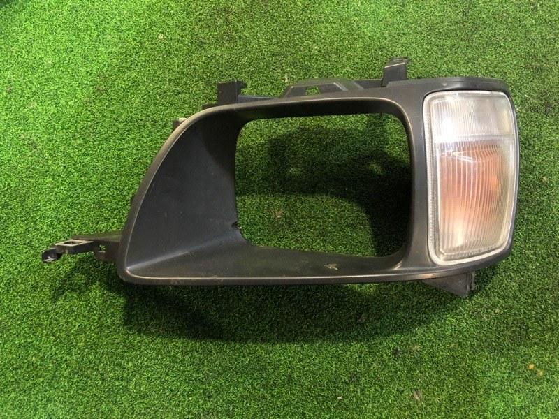 Очки с габаритом Toyota Noah CR50 левые (б/у)