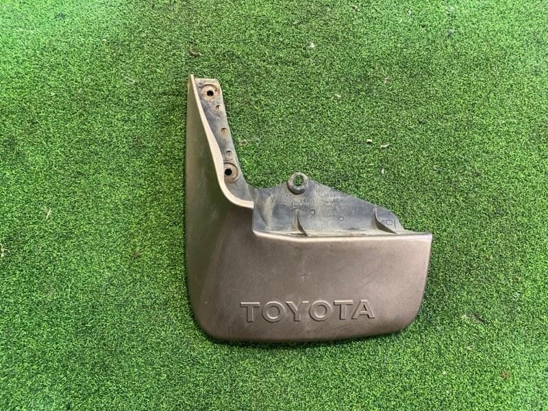 Брызговик Toyota Hiace KZH106 задний левый (б/у)