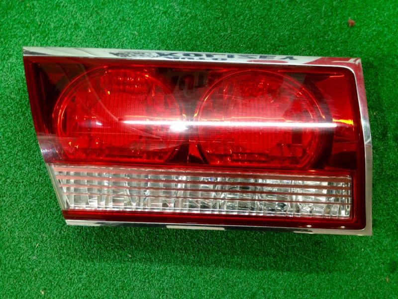 Вставка между стопов Toyota Crown JZS175 левая (б/у)