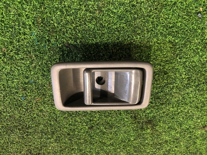 Ручка двери внутренняя Mazda Bongo SK22MN (б/у)