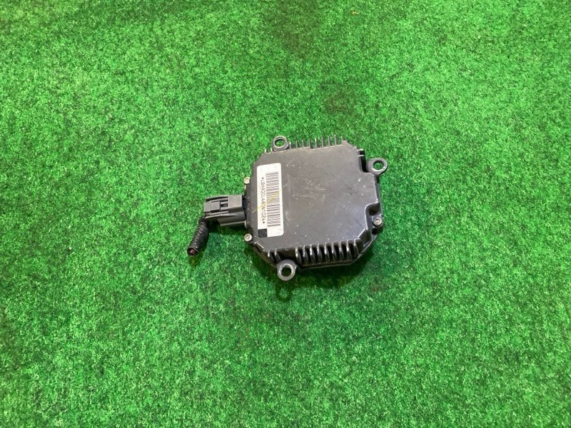 Блок ксенона Honda Stepwgn RG2 K20A (б/у)