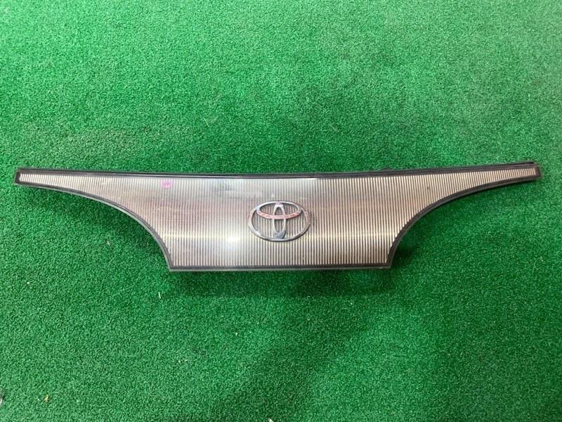 Решетка Toyota Lite Ace CR31 3C-T (б/у)