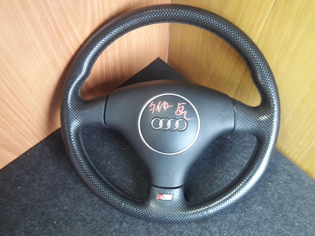 Руль Audi A4 (б/у)