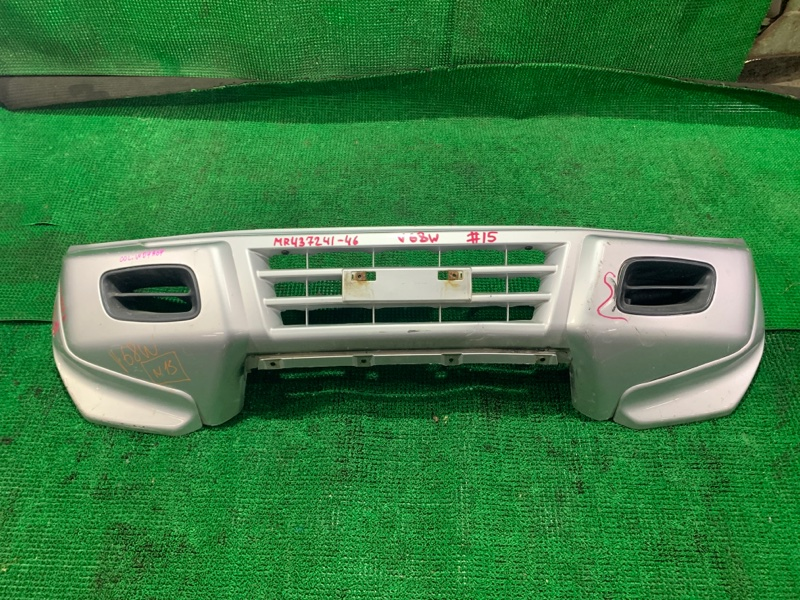 Бампер Mitsubishi Pajero V68W 4M41 1999 передний (б/у)