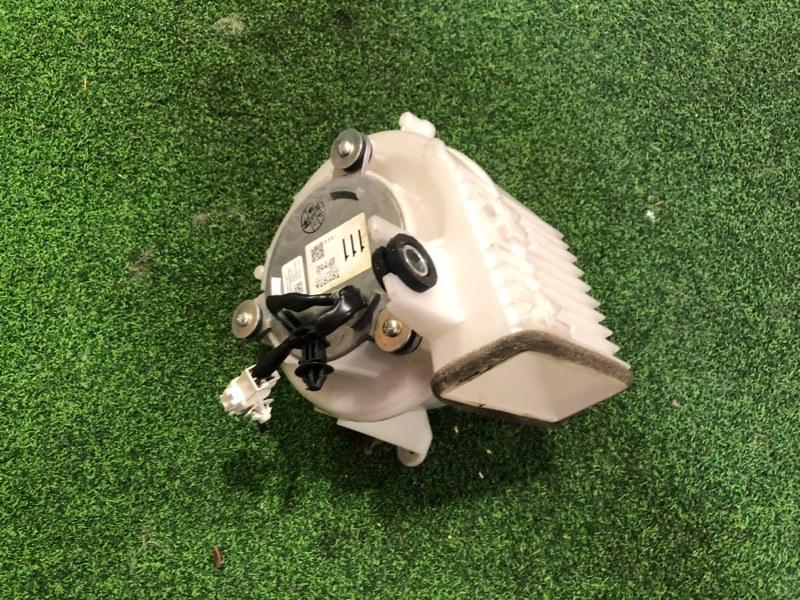 Мотор охлаждения батареи Toyota Prius ZVW30 2ZR-FXE 2009 (б/у)