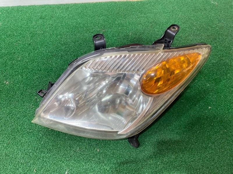 Фара Toyota Ist NCP65 левая (б/у)