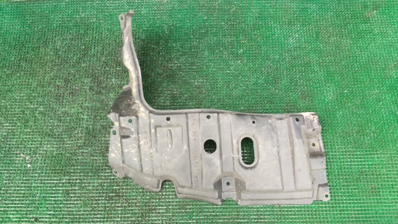 Защита двигателя Toyota Corolla Fielder NZE164 1NZ-FE 2014 передняя левая (б/у)