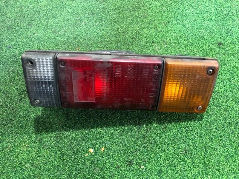 Стоп сигнал Nissan Atlas F23 левый (б/у)