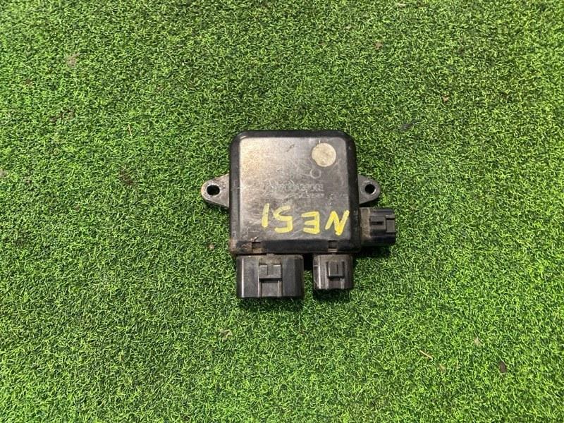 Блок управления вентилятором Nissan Elgrand E51 VQ35 (б/у)