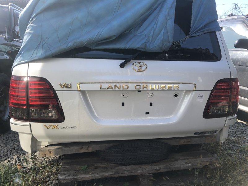 Стоп сигнал Toyota Land Cruiser UZJ100-0140181 2UZ-FE 2002 (б/у)