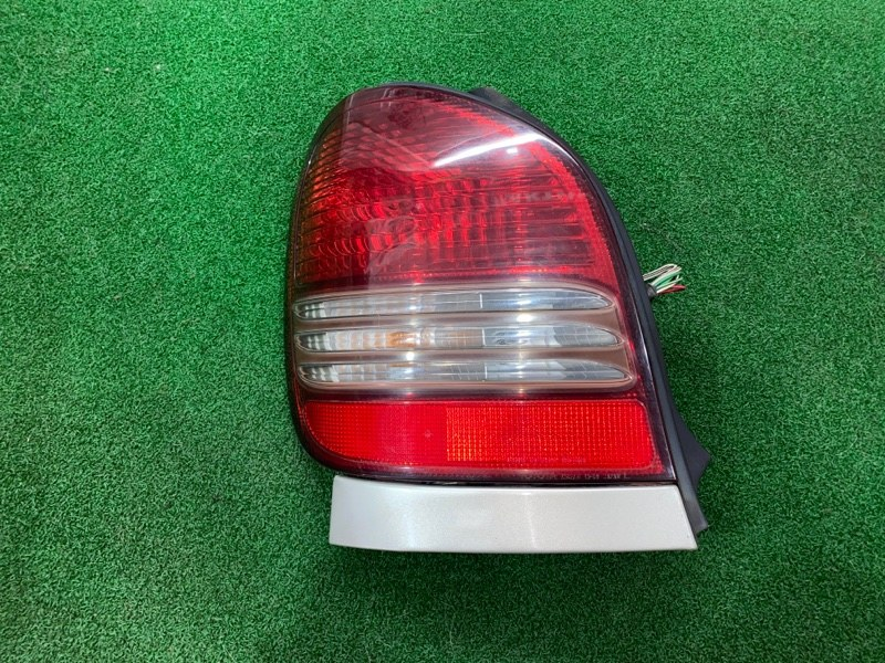 Стоп сигнал Toyota Corolla Spacio AE115 левый (б/у)
