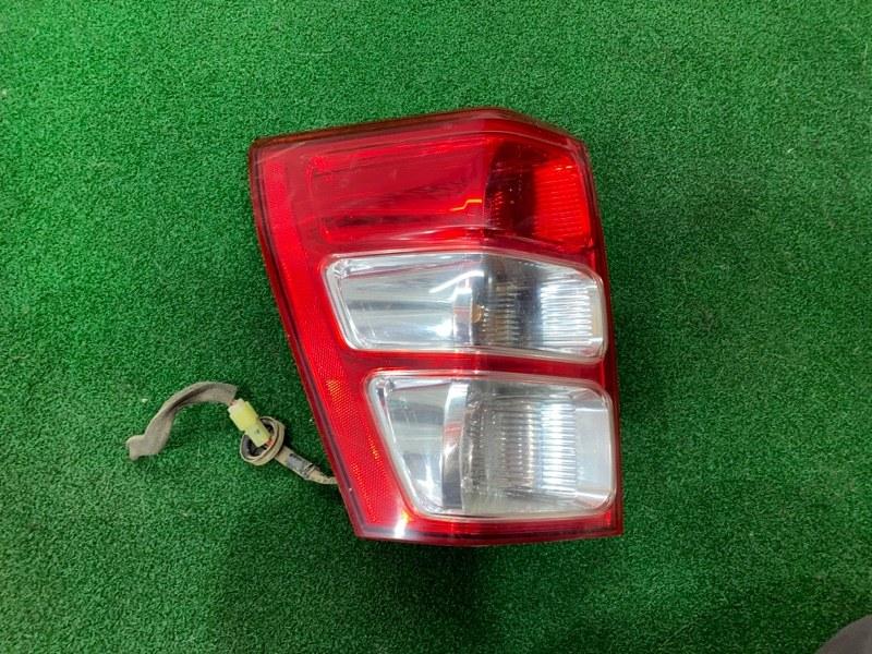 Стоп сигнал Suzuki Escudo TD54 левый (б/у)