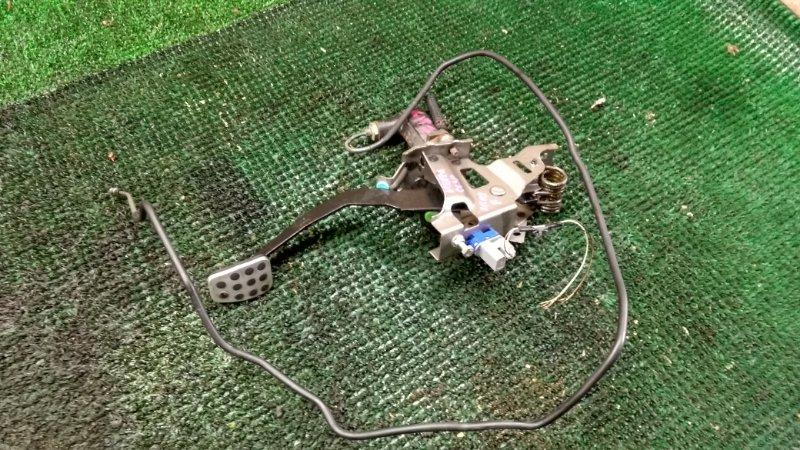 Педаль сцепления Mazda Atenza GG3P L3-VDT (б/у)