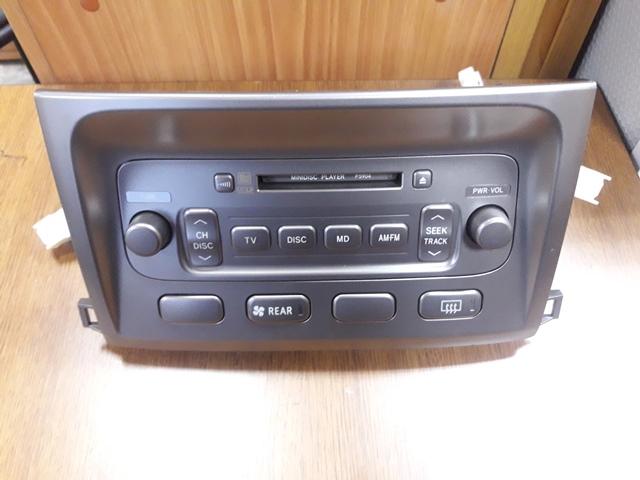 Магнитофон Toyota Land Cruiser UZJ100 2UZ-FE 2002 (б/у)
