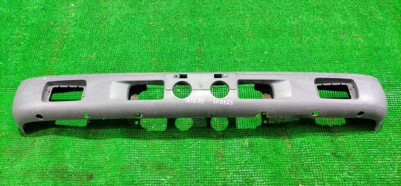 Бампер Nissan Atlas R8F23 передний (б/у)