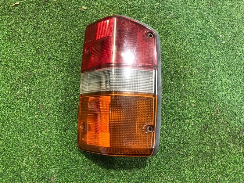 Стоп сигнал Nissan Safari Y60 правый (б/у)