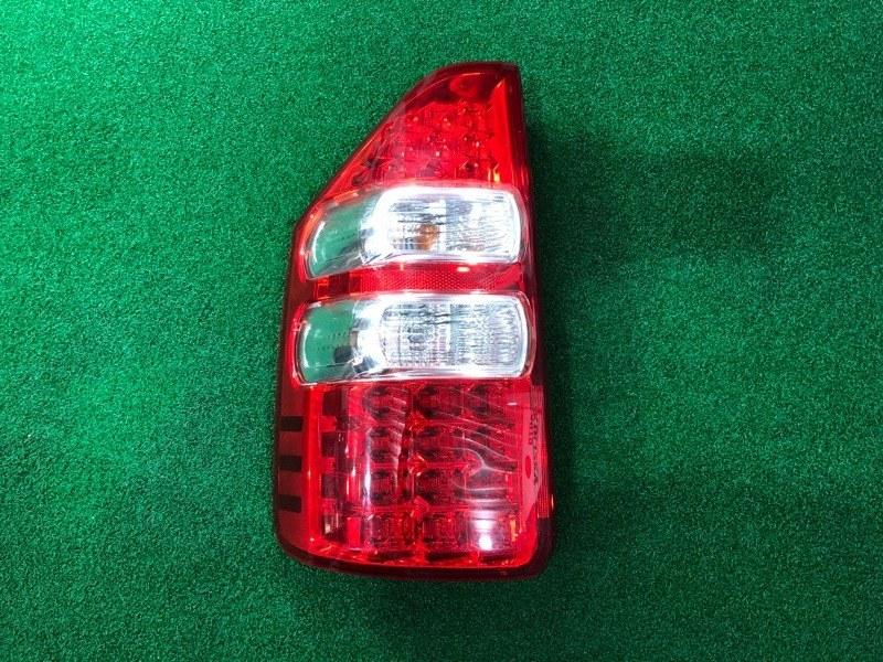 Стоп сигнал Toyota Noah ZRT70 левый (б/у)