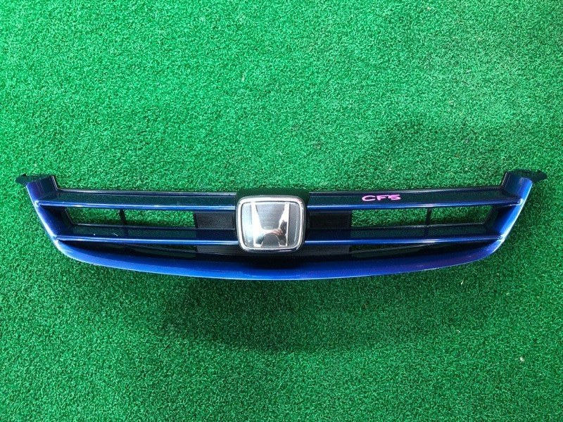 Решетка радиатора Honda Accord CF4 (б/у)