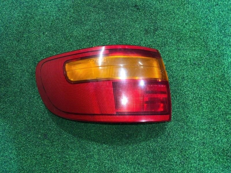 Стоп сигнал Toyota Estima CXR20 правый (б/у)