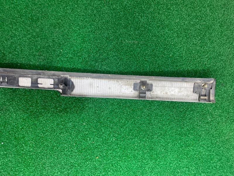 Планка задняя Toyota Hiace KZH106 (б/у)