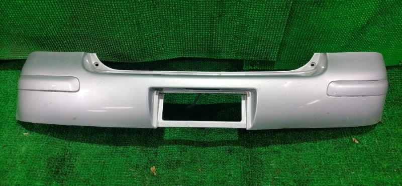 Бампер Toyota Vitz NCP15 задний (б/у)