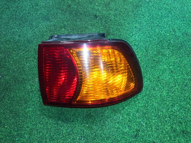 Стоп сигнал Toyota Ipsum SXM15 правый (б/у)