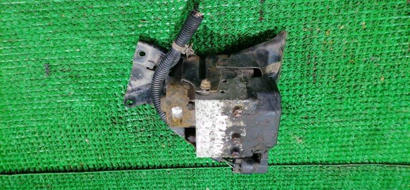 Блок abs Toyota Hiace KZH106 1KZ-TE (б/у)