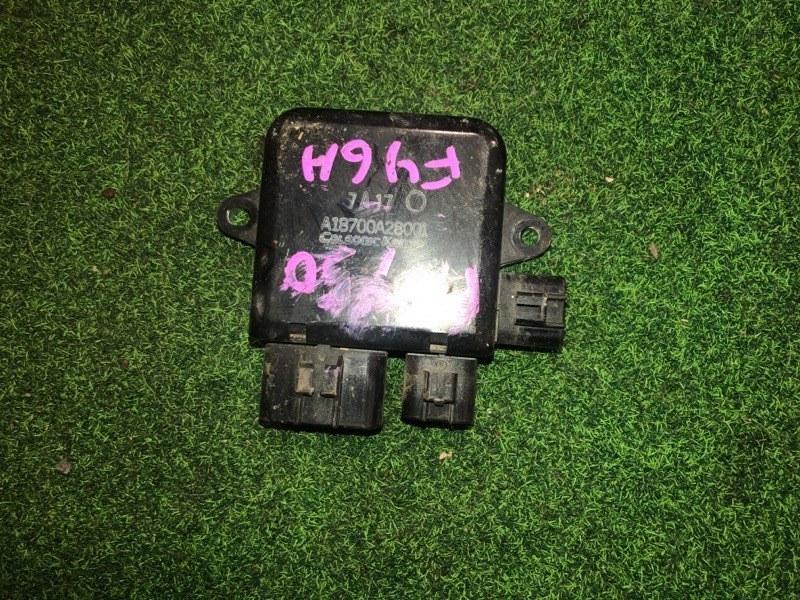 Блок управления вентиляторами Nissan Fuga PNY50 (б/у)