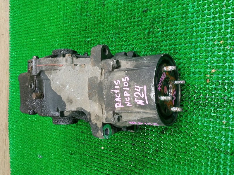 Редуктор Toyota Ractis NCP105 1NZ-FE задний (б/у)