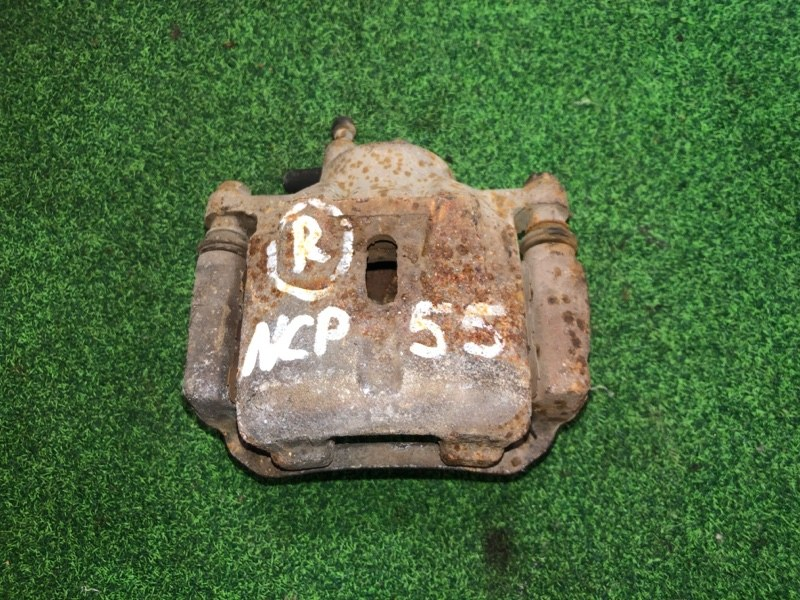 Суппорт Toyota Probox NCP55 передний правый (б/у)