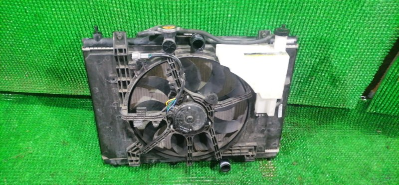 Радиатор Nissan Juke YF15 HR15 (б/у)