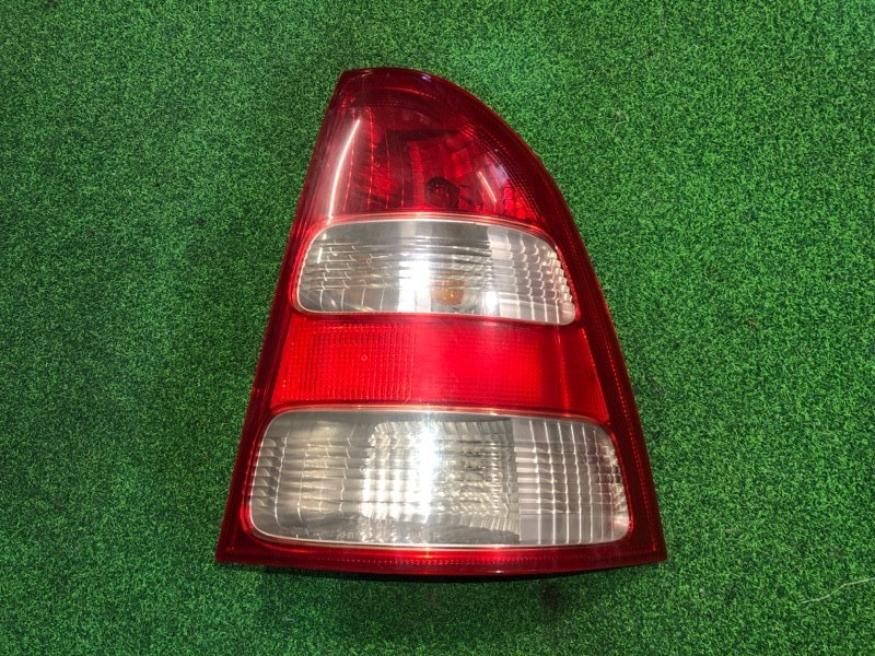 Стоп сигнал Toyota Corolla Fielder NZE124 правый (б/у)