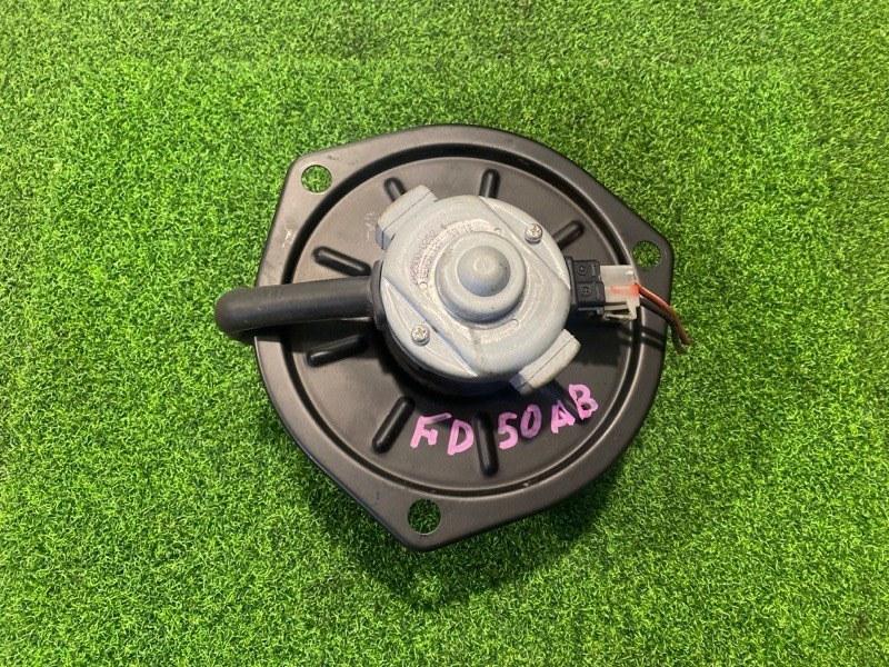 Мотор печки Mitsubishi Canter FD50AB (б/у)