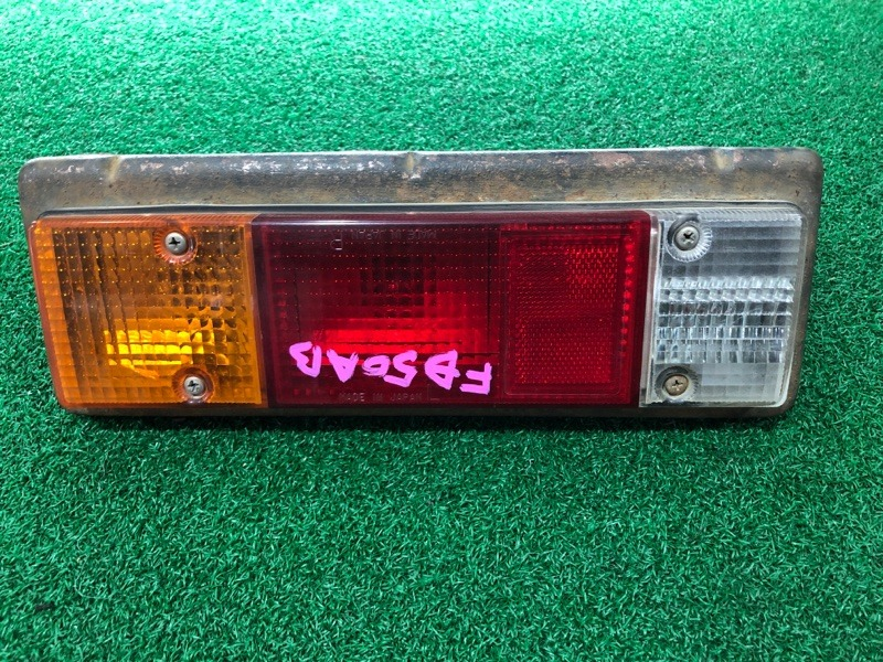 Стоп сигнал Mitsubishi Canter FB50AB левый (б/у)