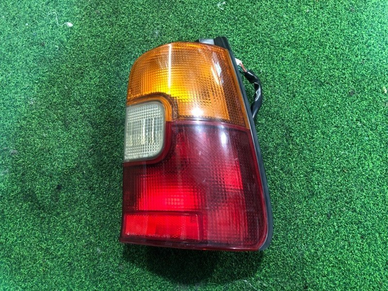 Стоп сигнал Toyota Corolla AE101 правый (б/у)
