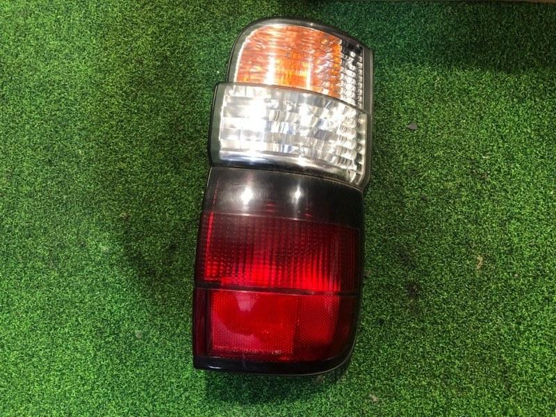 Стоп сигнал Toyota Hiace KZH106 правый (б/у)