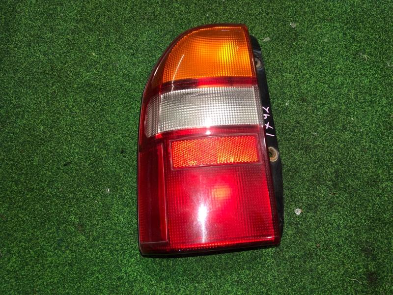 Стоп сигнал Suzuki Escudo TX92 левый (б/у)