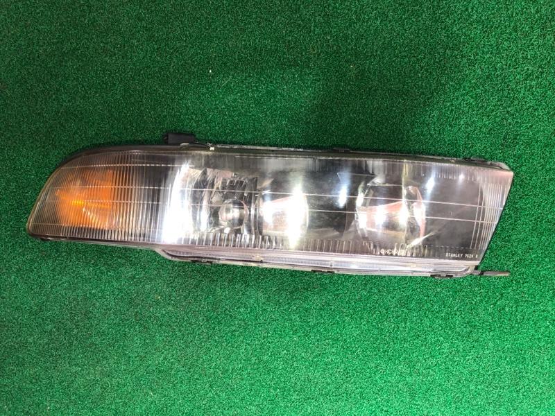 Фара Mitsubishi Galant EC1A правая (б/у)